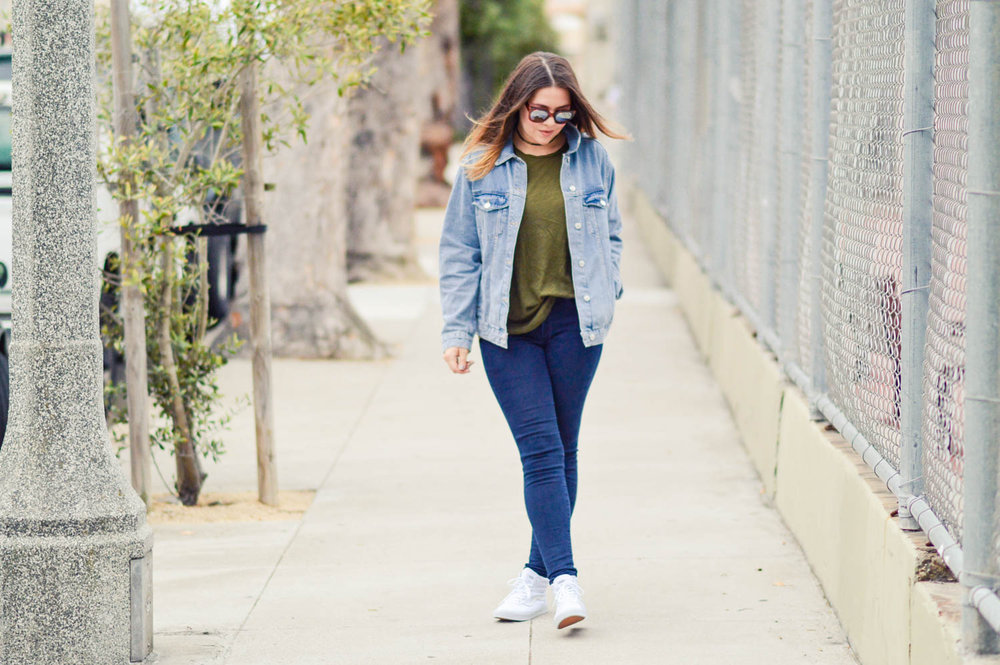 Canadian Tuxedo, oversized denim jacket via. www.birdieshoots.com