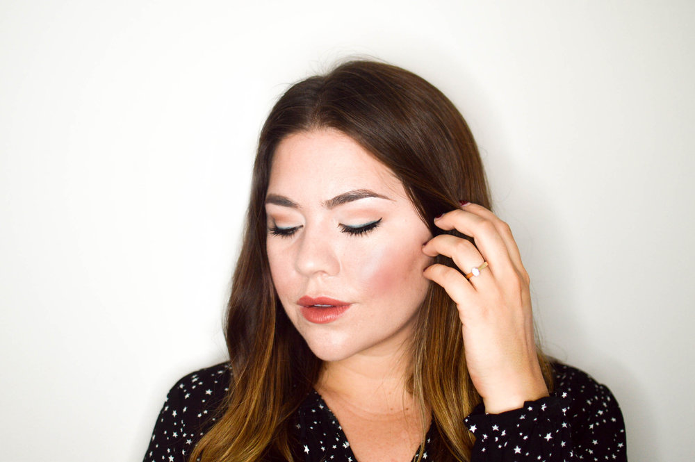 Subtle Holiday Makeup Tutorial with Make Up For Ever via. www.birdieshoots.com