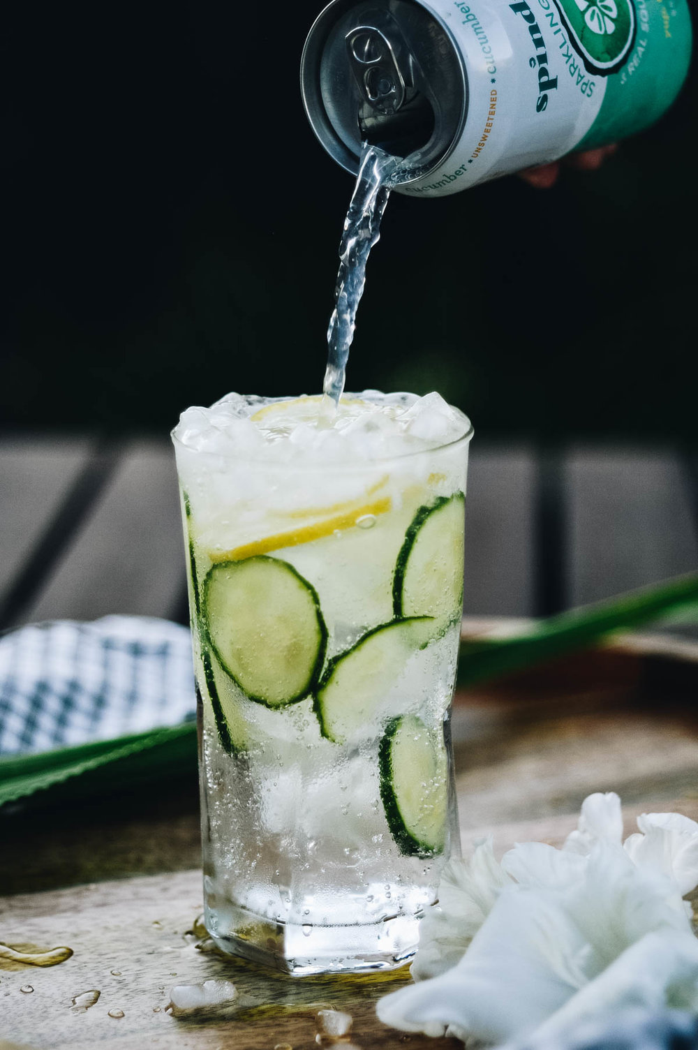 Classic Cucumber Collins with Spindrift® via. www.birdieshoots.com