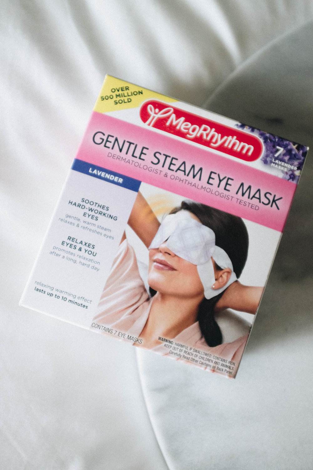 MegRhythm: Gentle Steam Eye Mask - Don't let the packaging fool you, these things actually feel incredible on the skin! I was a bit hesitant to try out this eye mask, especially seeing as those it was steam based, but was pleasantly surprised by how calming it felt on the skin. This was one product I took with me while I was traveling down to Southern California. I used it after we had finished driving for the day, and it was the perfect way to wind down for the evening.
