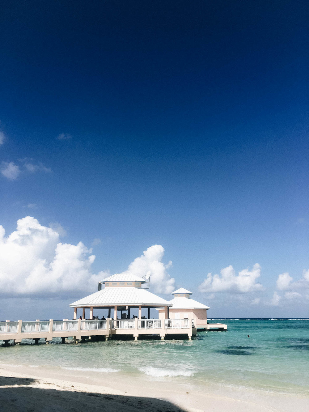 Cayman Islands Travel Guide via Birdie Shoots
