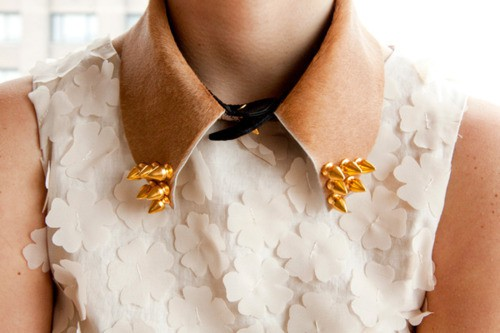 Collared Inspiration, jewelry inspiration via. Birdie Shoots