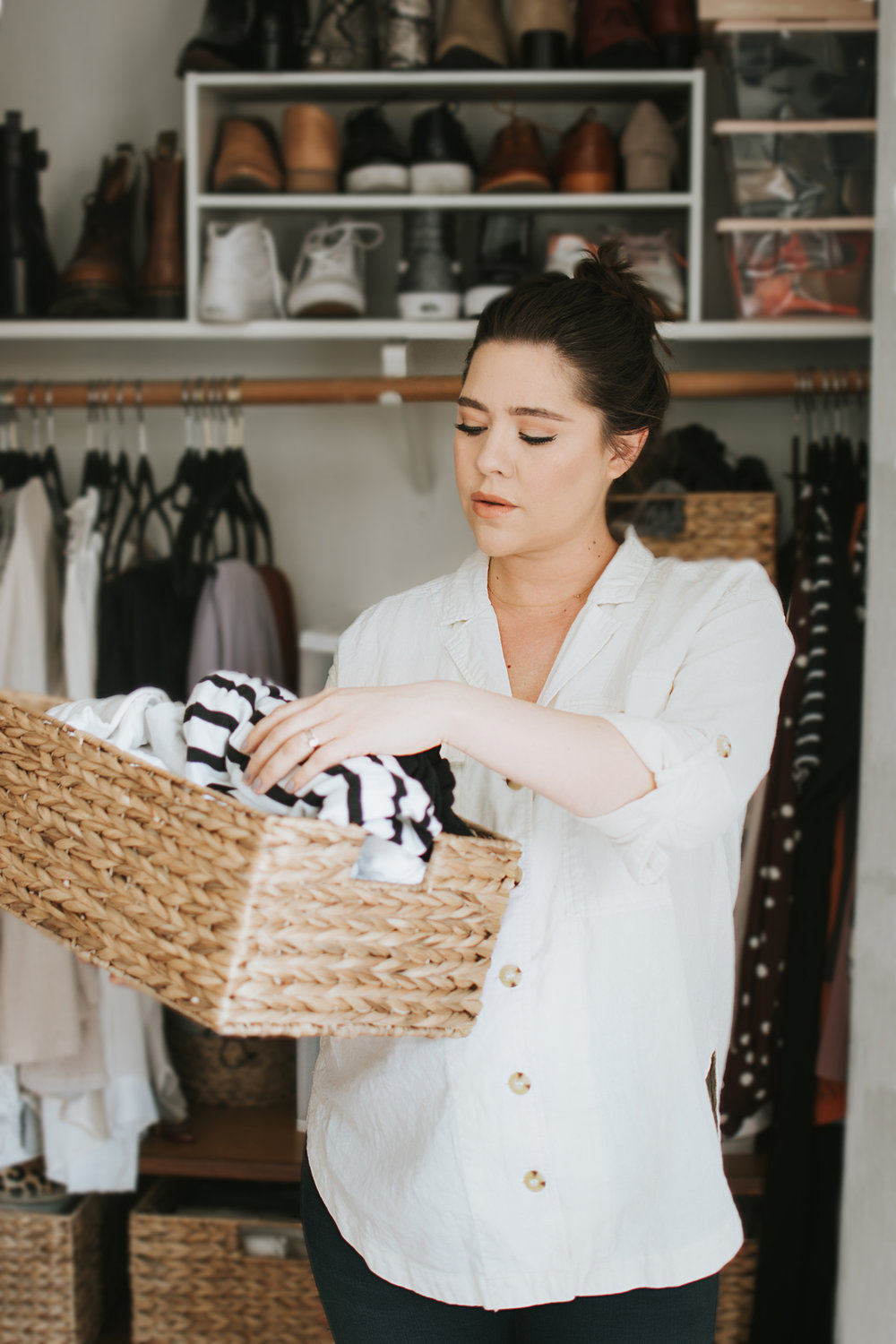 Your Fool-Proof Guide to Downsizing Your Wardrobe via. The Pacific Standard