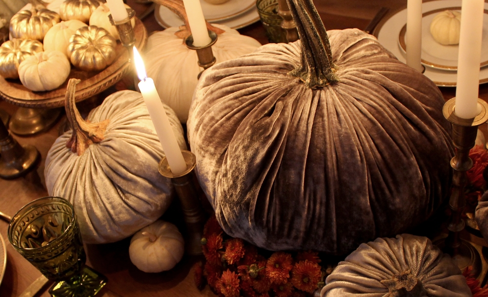 SYBARITE DESIGNS DIY Velvet Pumpkin