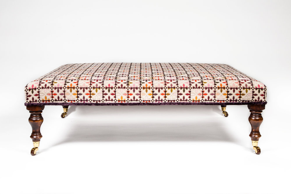 foostool in Brunschwig & Fils