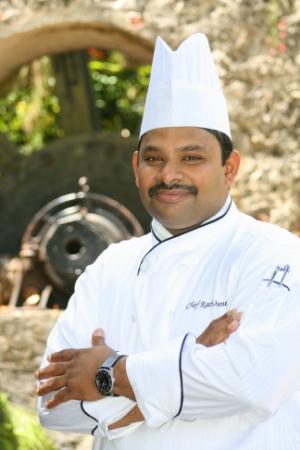 Chef Ravi-2 (1).jpg