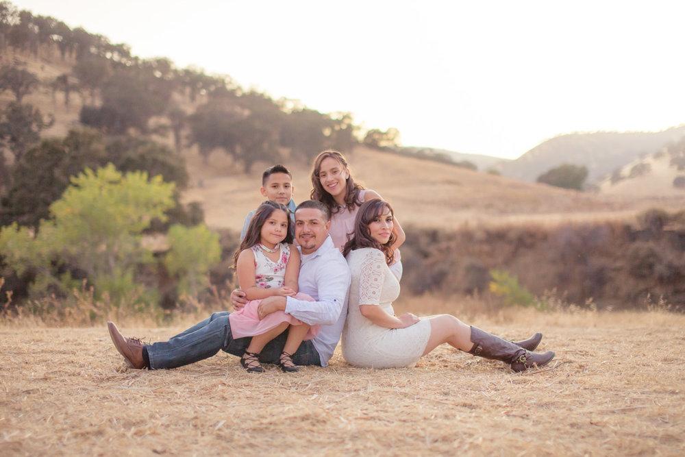 Beatriz-Family-0026.jpg