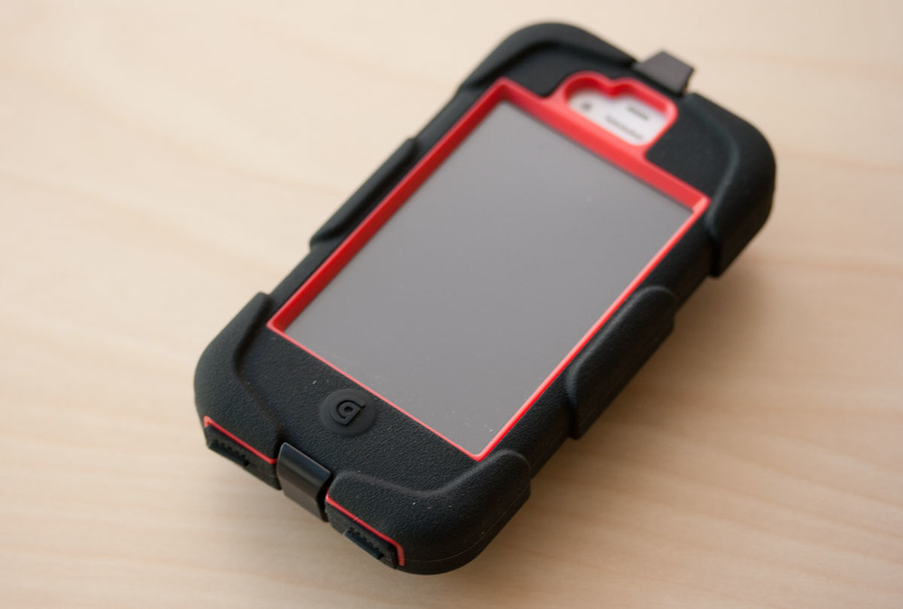 Griffin Survivor iPhone Black/Red - Front