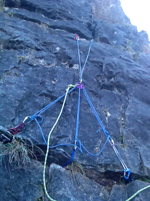 Hub in use at the Avon Gorge.  Just two downward legs as it was the 1st anchor otherwise it would have 3.  The rope friendly surfaces make it easy to get the cordolette snug.