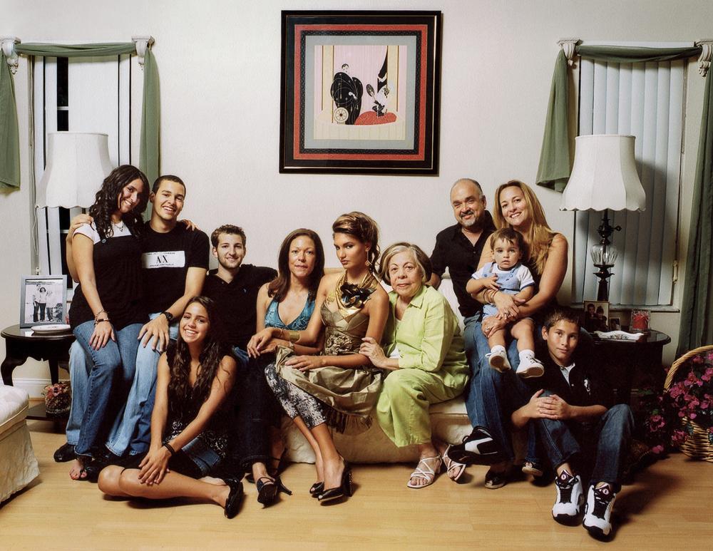 family002.jpg