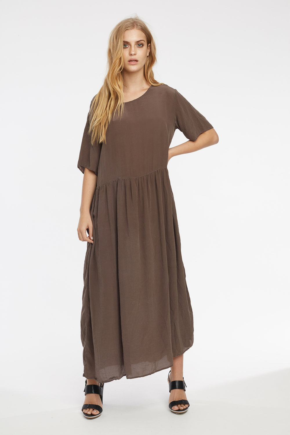 GRUNDY DRESS WOODEN