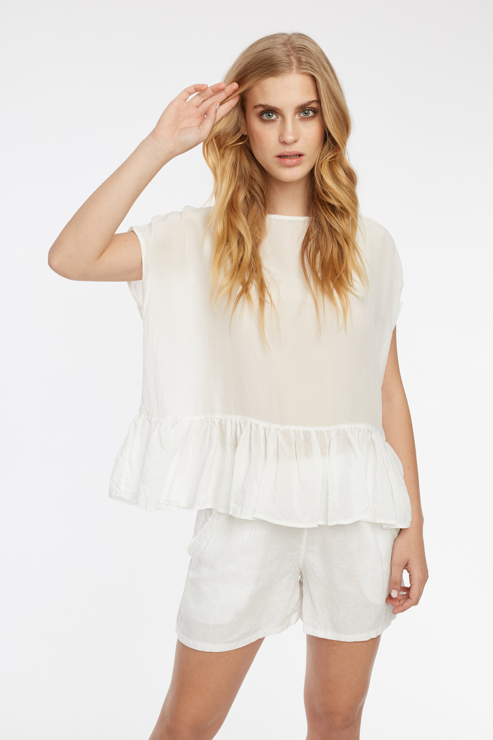 FEATHER TOP & FRILL SHORT BLANC