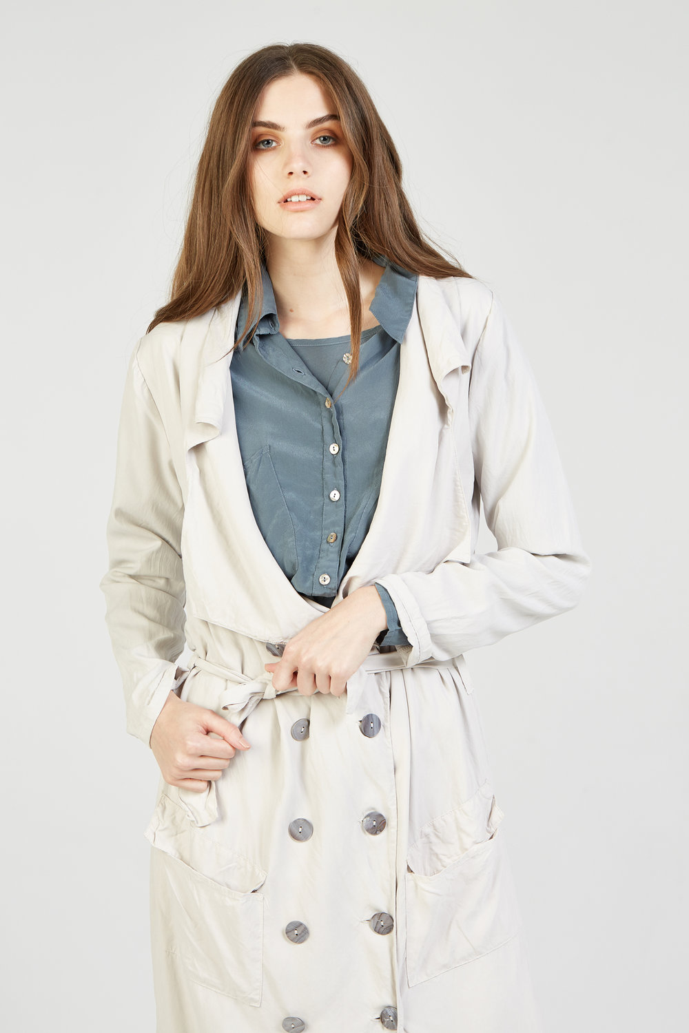 GIGI LS DRESS & CROPPED SHIRT STEEL. TRENCH STONE
