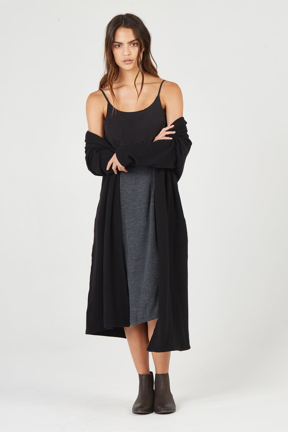 BIAS CAMI & LUXE JACKET NOIR. BOWIE SKIRT CHARCOAL