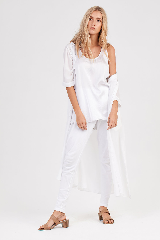 DAISY TANK DRESS, COCO PANT & FLUTED THROW ON BLANC