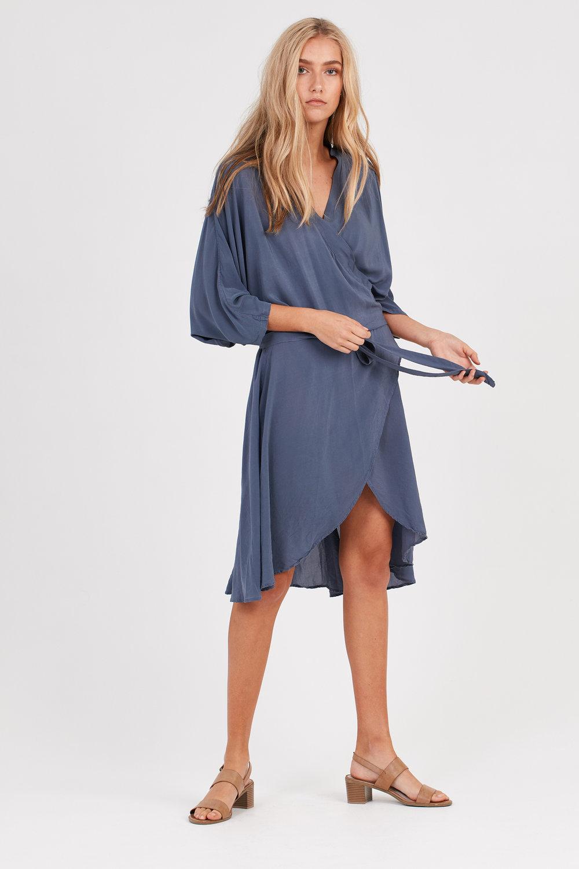 FLUTED DRESS CHALK BLUE