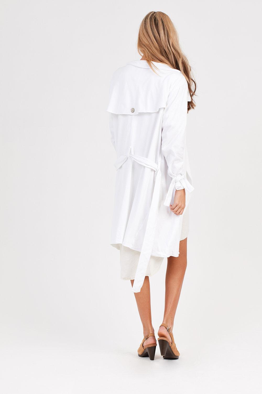 KUL DRESS CREAMY. COCO JACKET BLANC