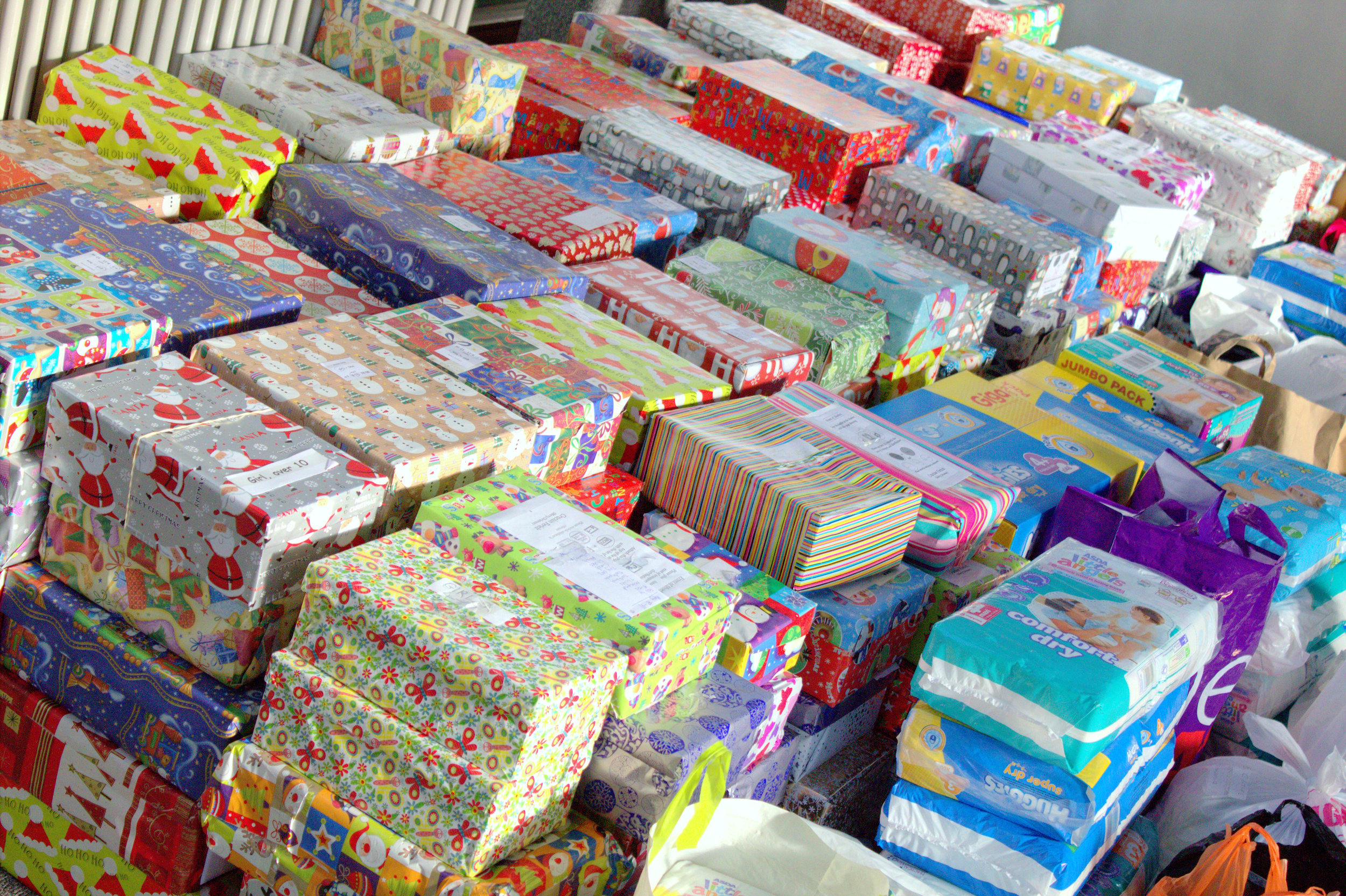 Christmas Shoebox.Christmas Shoebox Appeal St George S Church Leeds
