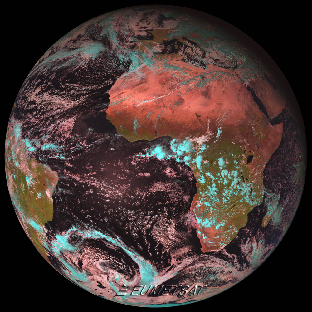 The first color image of the Earth acquired by the MSG-2 satellite on 25 January 2006. Copyright EUMETSAT 2006