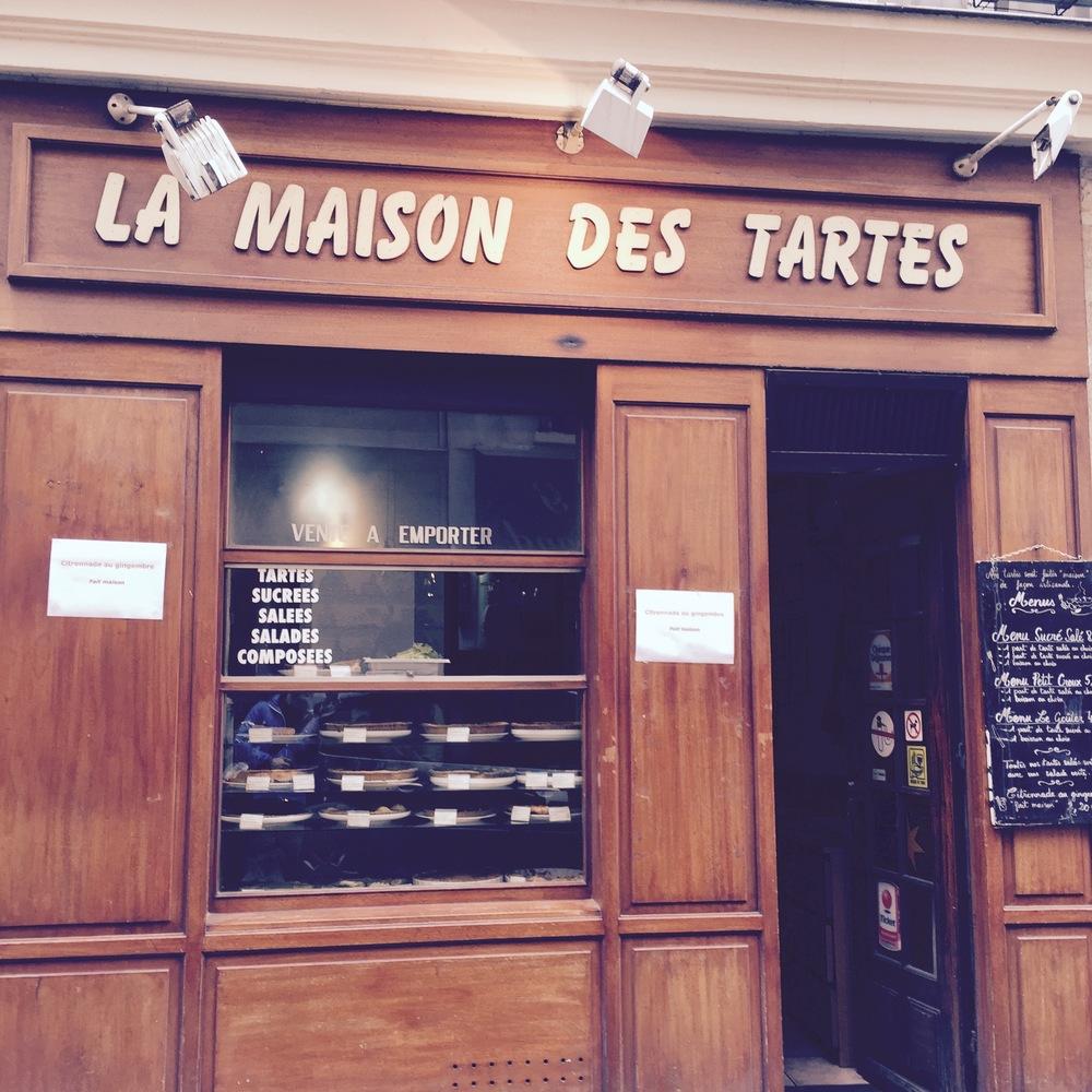 Maison Des tartes. Langsgaan als je in de buurt bent! 67 Rue Mouffetard