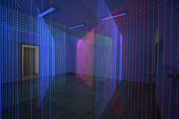 (via  It's Nice That : Jeongmoon Choi makes elaborate laser shows from UV lights and thread )
