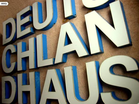 Museum of letters - Berlin. Looks cool.    BUCHSTABENMUSEUM - Sammlung