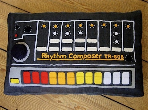 The Roland TR 808 is one of the reasons I have the username oswald808.  Loving this pillow.    Synthesizer Pillow - Boing Boing Gadgets