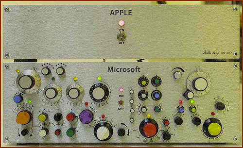 I love knobs - I also love simplicity.   Apple vs Microsoft (via  nicepaul )