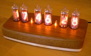 These hand built Tube clocks are beautiful - I want one   Nixie Tube Clocks