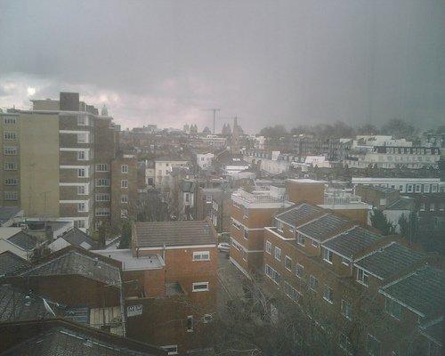 Cold London:  image/jpeg (via  maxcady808's Photos )