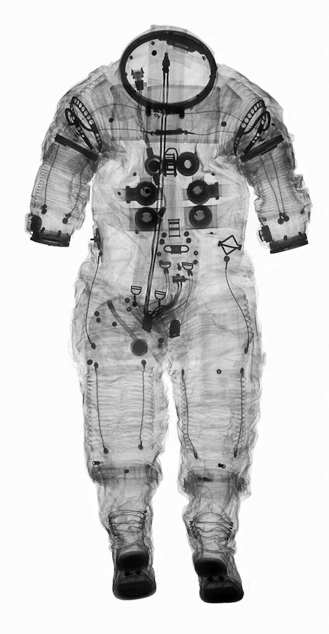 Spacesuit-2.jpg