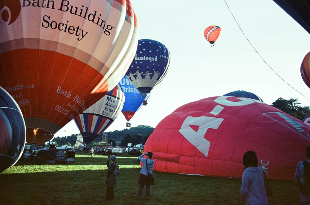 fat-creative.com:2016:12:hot-air-balloon-ride-in-bristol-_7.jpg