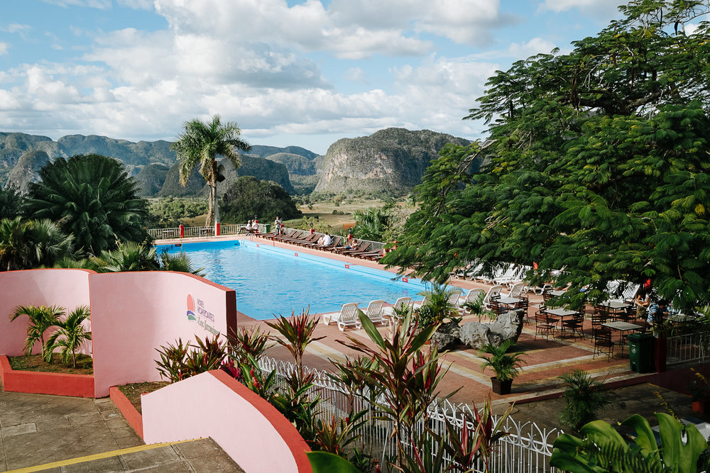 fat-creative-travel-vinales-what-to-see-do-los-jasmines-view.jpg