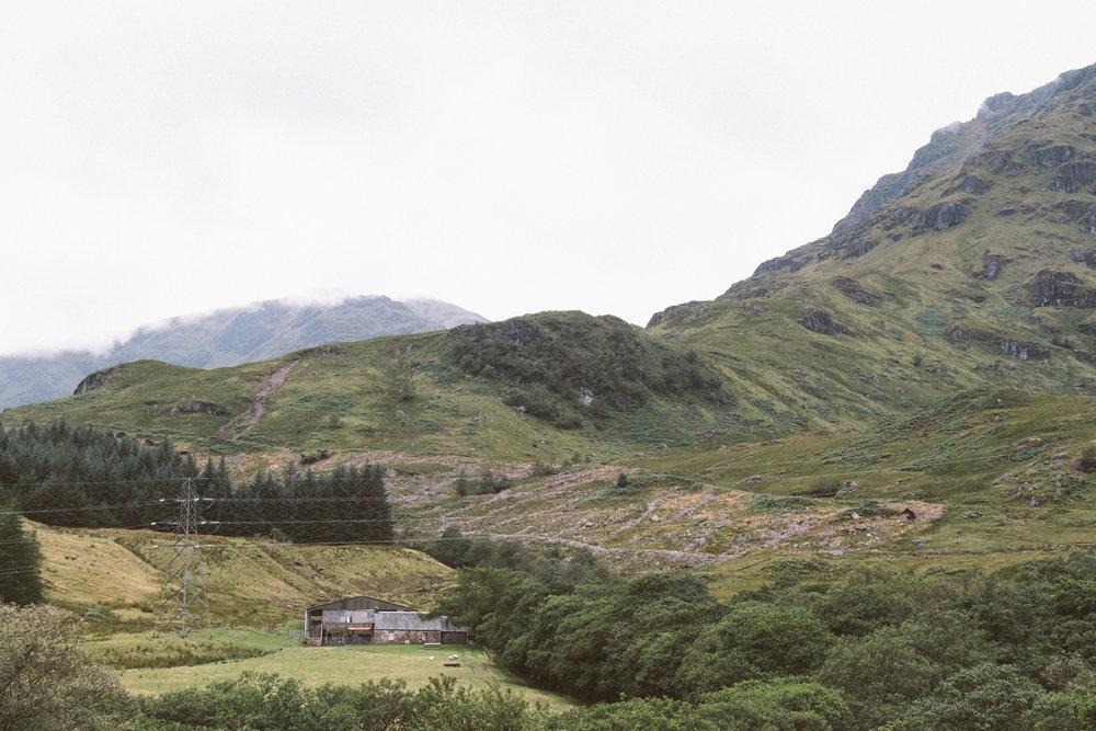 fat_creative_travel_blog_loch_sloy_easy_hike_scotland-9.jpg