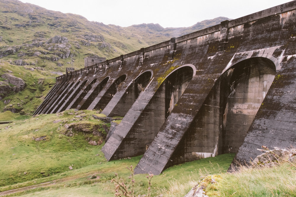fat_creative_travel_blog_loch_sloy_easy_hike_scotland-20.jpg