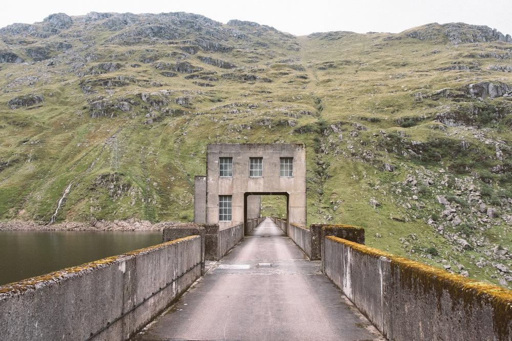 fat_creative_travel_blog_loch_sloy_easy_hike_scotland-22.jpg