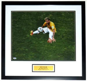 Neymar Jr Signed Team Brazil 16x20 Photo - PSA DNA COA Authenticated - Professionally Framed