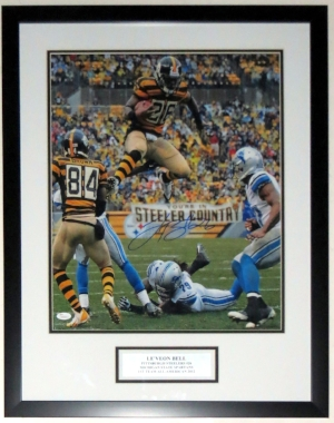 Le'veon Bell Signed Pittsburgh Steelers 16x20 Photo - JSA COA Authenticated - Professionally Framed & Plate