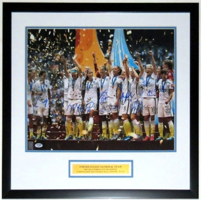 Team USA Group Signed 16x20 Photo - PSA DNA COA Authenticated - Professionally Framed