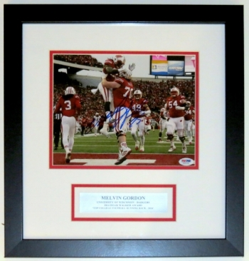 Melvin Gordon Signed 8x10 Photo - PSA DNA COA Authenticated - Professionally Framed