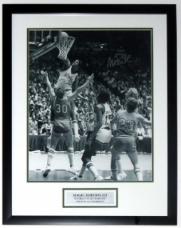 Magic Johnson Signed 1979 Michigan State Spartans 16x20 Photo - PSA DNA COA Authenticated - Professionally Framed & Plate