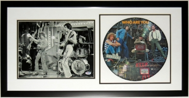 Pete Townshend Signed 11x14 Tour Photo & Who Are Yo Album - PSA DNA COA Authenticated - Professionally Framed