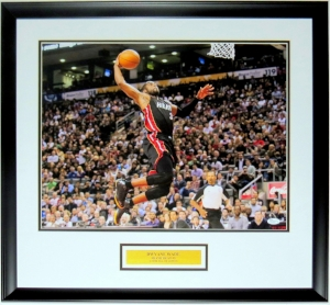 Dwyane Wade Signed Miami Heat 16x20 Photo - JSA COA Authenticated- Professionally Framed & Plate