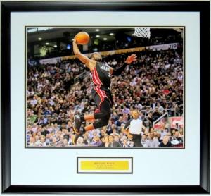 Dwyane Wade Signed Miami Heat 16x20 Photo - JSA COA Authenticated- Professionally Framed & Plate
