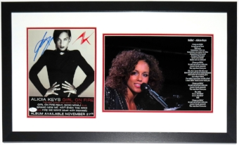 Alicia Keys Signed Tour Poster & Concert 11x14 Photo - JSA COA Authenticated - Professionally Framed 32x20