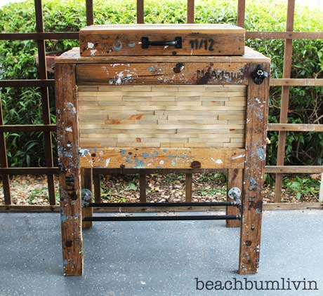 Rustic Cooler Box from Recycled Pallets