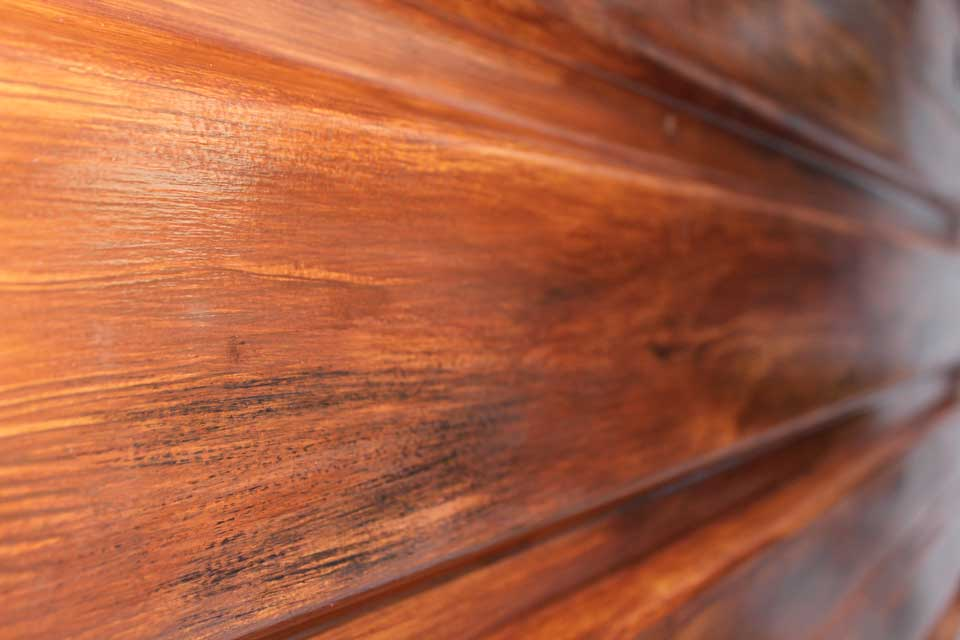 Up close look at the faux wood grain