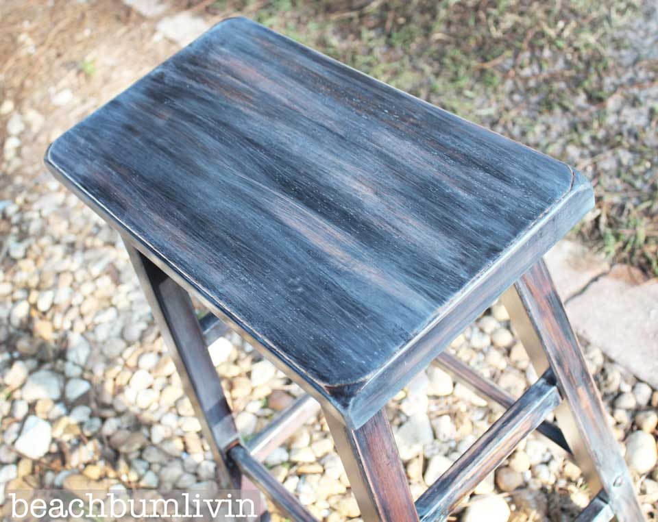 3_Layering_Stain_Stool_Furniture_beachbumlivin-960.jpg