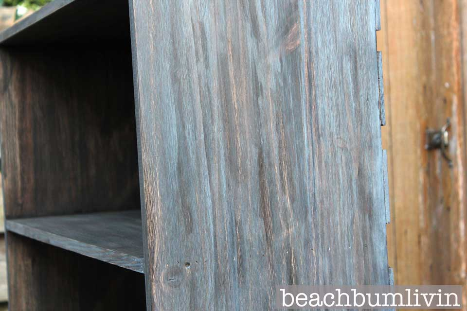 Layering Stain for a Cool Look BeachBumLivin Awesome DIY