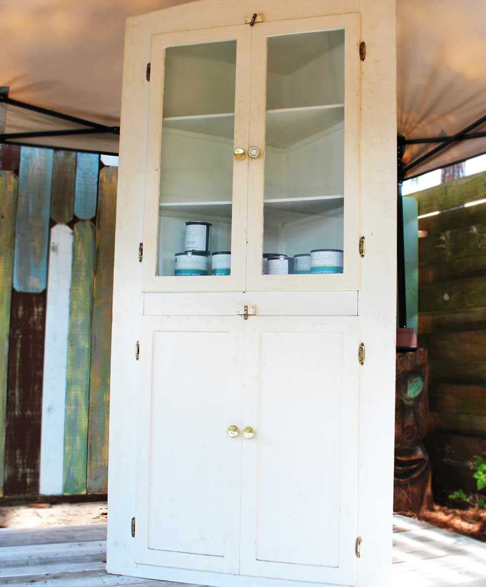 Corner Cabinet painted with CeCe Caldwell Paint — BeachBumLivin ...